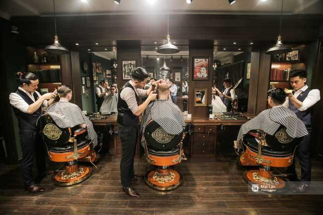 Barbers in Hanoi